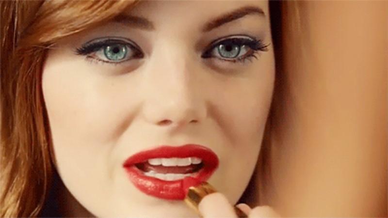眼影搗碎後可以變成唇彩?6個關於口紅的絕妙小技巧