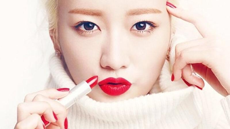 紅唇真的超美,但又不敢畫的女生過來!把握這 4 個原則,就可以輕鬆齁住當女神