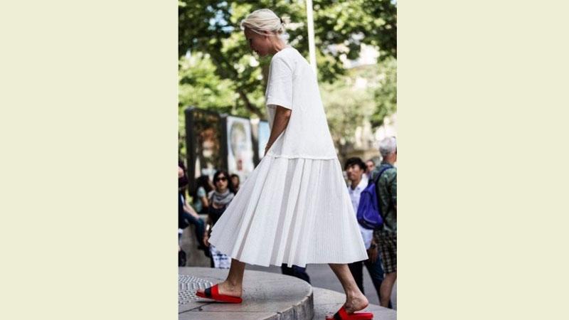 最時尚的邋遢!知名部落客「拖鞋穿搭」..我真心看嘸