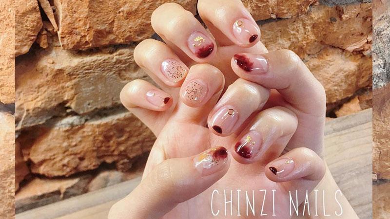 夏季指彩指南,看膩了粉紅色的指彩嗎?這些小變化,讓指甲油又可以復活啦!